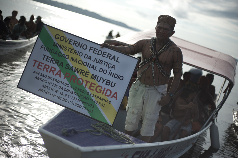 Munduruku and Greenpeace Demarcate Indigenous Lands in the Heart of the Amazon Povo Munduruku inicia sinalização da Terra Indígena Sawré Muybu